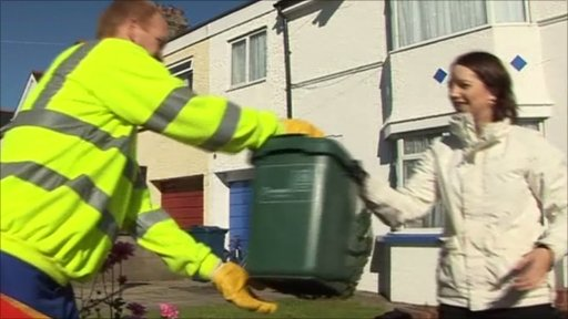 Handing food waste to be recycled