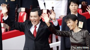 Taiwan President Ma Ying-jeou (L) and his wife Christine Chow Mei-ching during National Day celebrations in Taipei on 10 October 2010