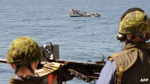 Canadian navy watches a Yemeni fishing boat, file image