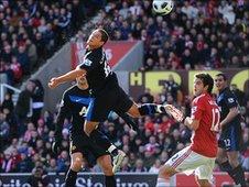 Javier Hernandez scores against Stoke