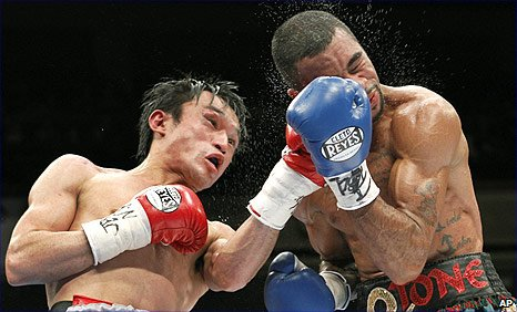 Toshiaki Nishioka (left) and Rendall Munroe