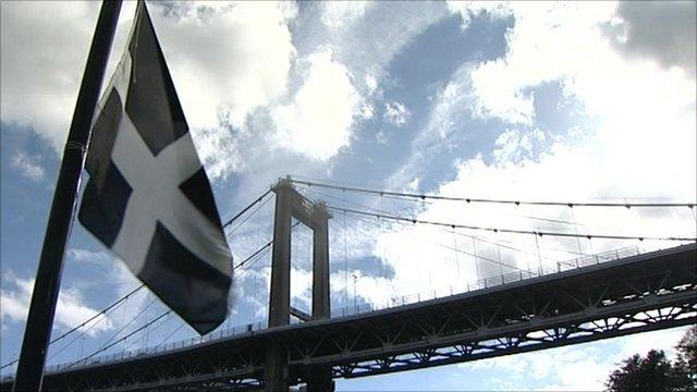 Cornwall flag and Tamar Bridge