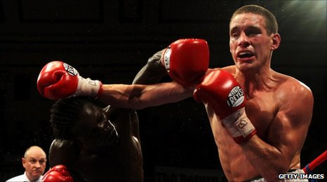 Liam Walsh over powers Maxwell Awuku