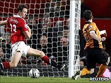 Kevin Foley scores for Wolves