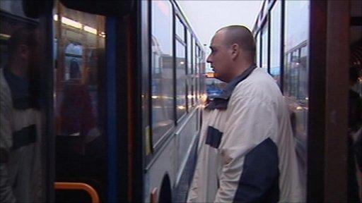 Lee Davis getting on bus