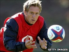 Jonny Wilkinson training with the England squad at Bagshot