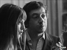 Serge Gainsbourg (R) and Jane Birkin (L)
