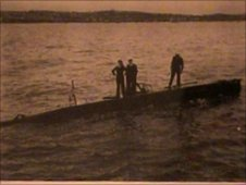 Lt Cdr Fraser and his crew onboard a midget submarine