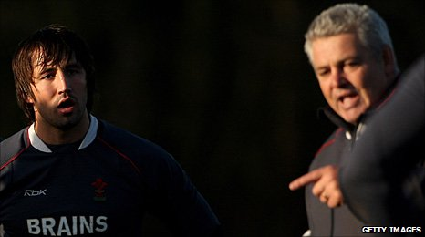Gavin Henson and Warren Gatland in 2008