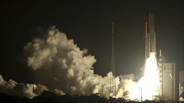 Ariane 5 (197) lifts off