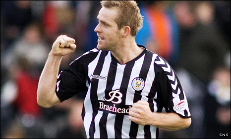Jure Travner celebrates his winner for St Mirren