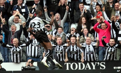 Shola Ameobi scores the fourth for Newcastle