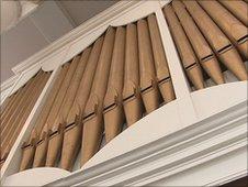 The Handel Organ