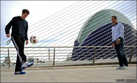 Andy Murray and Roberto Soldado of Valencia