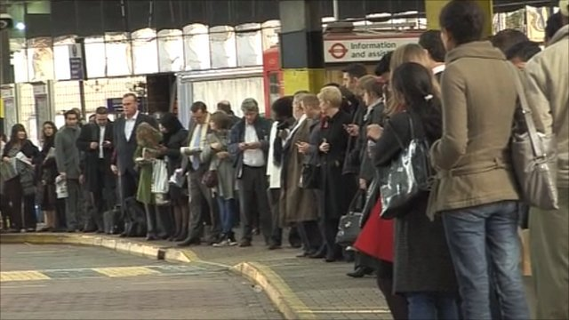 Queues for buses at London Bridge Station