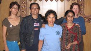 Nilimma Devi (centre)