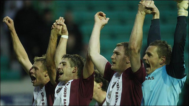 Hearts celebrate their 2-0 win at Hibs
