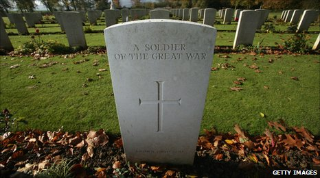 Gravestone of an unknown soldier at the memorial at Arras in France