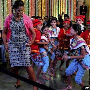 Michelle Obama dances with children in Mumbai