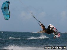 Murray Smith kitesurfing