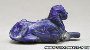 A sphinx bracelet jewel from King Tut&#039;s tomb