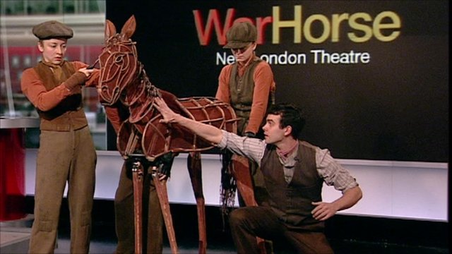 War Horse puppeteers