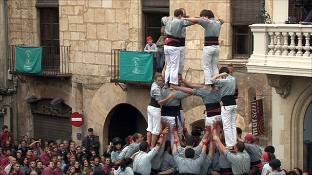 Catalonia&#039;s human towers