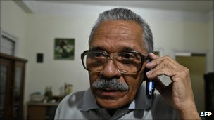 Arnaldo Ramos Lauzurique photographed a few hours after his release