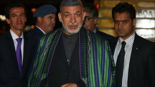 Afghan President Hamid Karzai arrives in Lisbon, Portugal (19 Nov 2010)