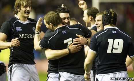 Scotland celebrate their 21-17 win over South Africa at Murrayfield