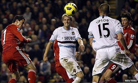 Maxi Rodriguez adds Liverpool's third goal