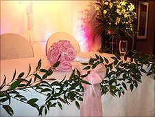 The decorated wedding table at Maxims casino