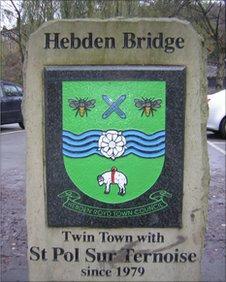 Hebden Bridge twinning plaque