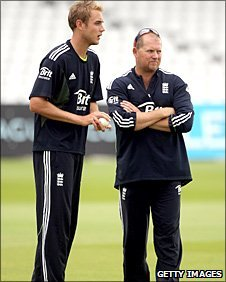 Stuart Broad and David Saker
