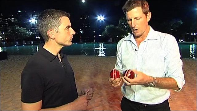 Kasprowicz's tips on the Kookaburra ball and the Gabba