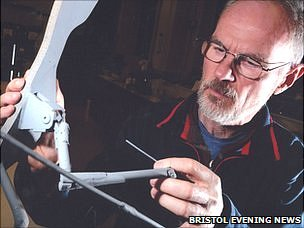 Colin Palmer with his model Pterosaur (Bristol News & Media)