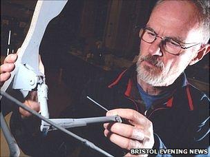Colin Palmer with his model Pterosaur (Bristol News & Media)