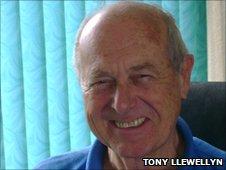 Tony Llewellyn