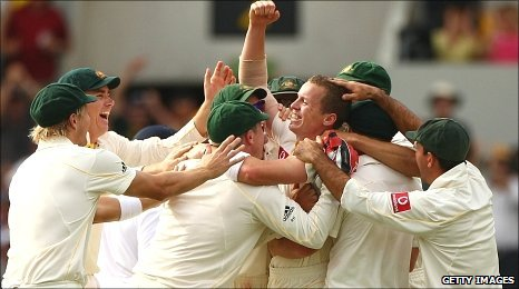 Australia players congratulate hat-trick hero Peter Siddle