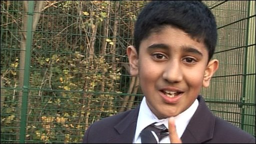 Kid tells Newsround who he's backing for this year's Ashes