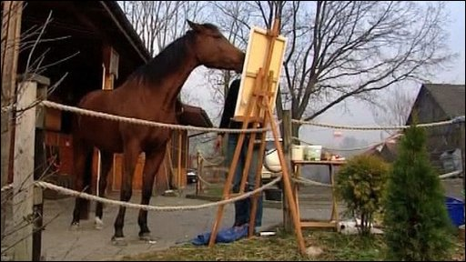 Horse that likes to paint!