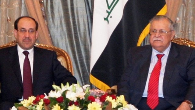 Iraqi President Jalal Talabani, right, and Iraqi Prime Minister Nouri Maliki, left