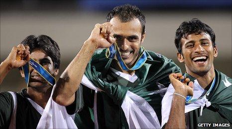 (L-R) Shafqat Rasool, Salman Akbar and Muhammad Irfan