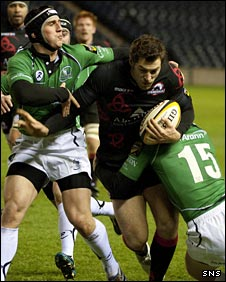 Tim Visser pushes towards the Connacht line