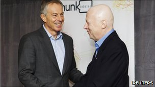Tony Blair and Christopher Hitchens in Toronto, Canada (26 Nov 2010)