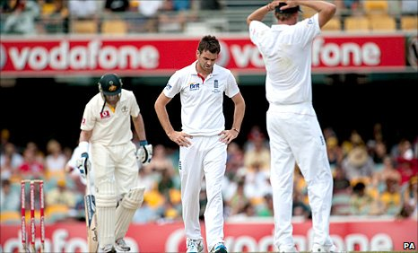 James Anderson sees an lbw appeal overturned