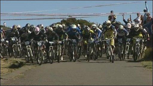 Seriously extreme bike race!