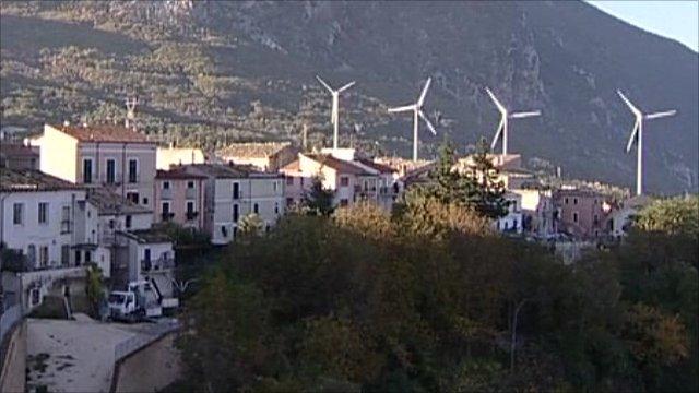Wind turbines in Tocco