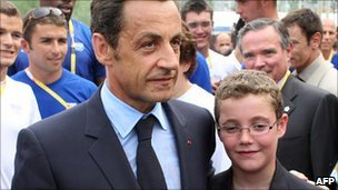 Nicolas Sarkozy with his son, Louis (2008)