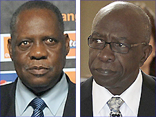 Fifa vice presidents Issa Hayatou (left) and Jack Warner